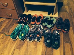 I know I'm crazy (but I'm not the only one), I love all those shoes...